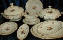 TYPES OF DINNERWARE