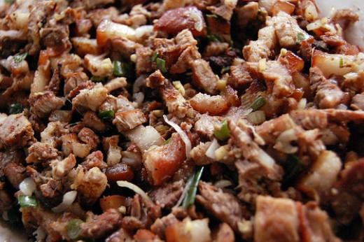 Grilled pork sisig by MVI (Flickr.com).