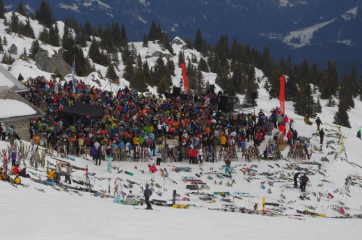 Concert draws skiers crowd