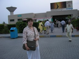 At the Daewoo rest stop on the way to Rawalpindi
