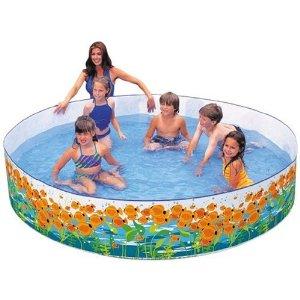 Paddling pool for kids to enjoy