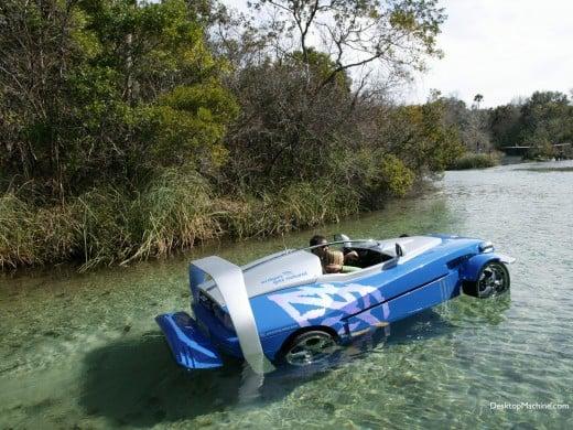 Rinspeed Splash amphicar afloat