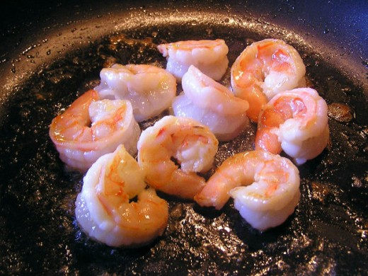 Grilled shrimp, ready to eat,beglib, morguefile.com