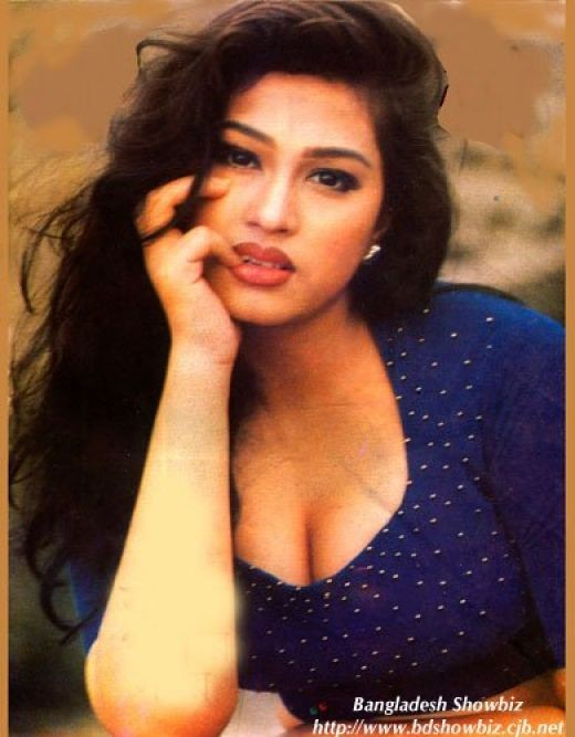 Bangladeshi hot actress popy get fat but people demand slim