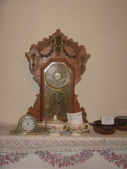 My mother's clock