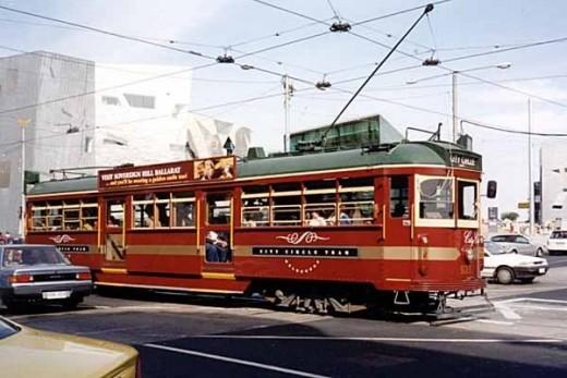 Vintage Melbourne tram