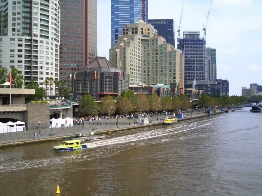 The Yarra river runs through the heart of the city of Melbourne.