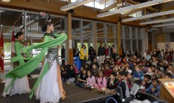 Toronto Lotus Flower Performing Arts Troupe performs traditional dances