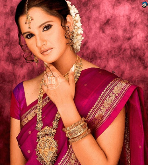 Sania,in Indian saree, before marriage