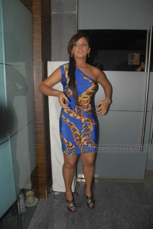 Joined  Wed Dec 30  2009 5 03 amNeetu Chandra Hot In Apartment