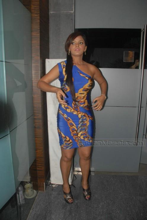Joined  Wed Dec 30  2009 5 03 amNeetu Chandra Hot In Apartment