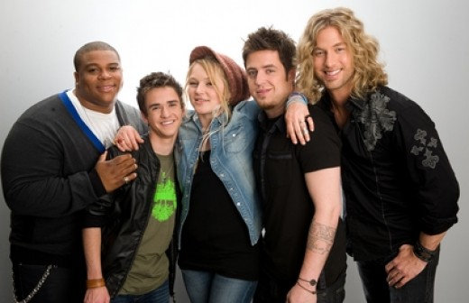 From Left to Right - Michael Lynche, Aaron Kelly, Crystal Bowersox, Lee Dewyze, Casey James