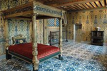 King Henry's bedroom (his initial H is on each floor tile)