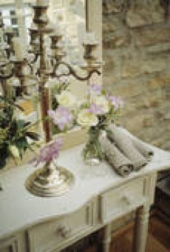 Wedding Flowers/Decorations: $AVE BIG Buck$: Here's How!