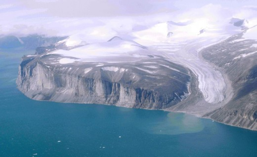 This is a file from the Wikimedia Commons. photo taken by Ansgar Walk Northeast coast of Baffin Island north of Community of Clyde River, Nunavut, Canada, from above (1000 m): Tongue of a glacier