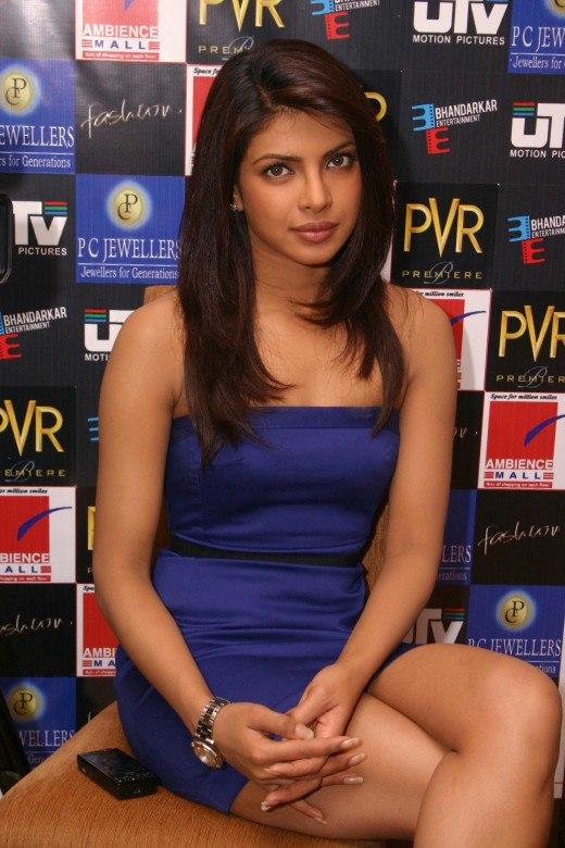 ACTRESS PRIYANKA CHOPRA   PHOTOS