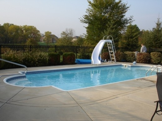Fiberglass pools have many advantages, some you may not have even thought of which can be found below.