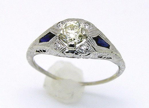 The best filigree rings will be custommade with a pattern uniquely designed