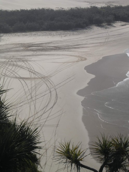 Scribbles in the sand - 4x4 artists