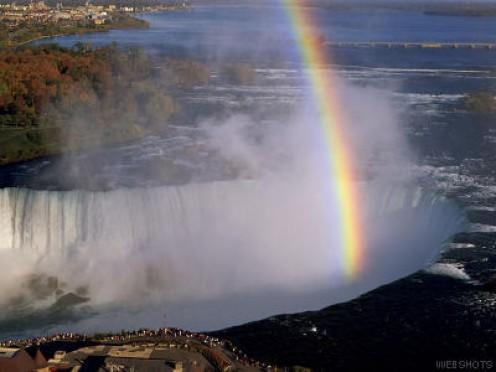 Rainbow over Niagara Falls photo from webshots.com