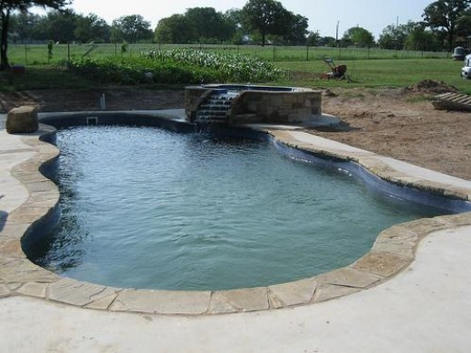 Eco Friendly Pools have the potential to look effortlessly stunning, a feet rarely accomplished by Concrete or Vinyl.