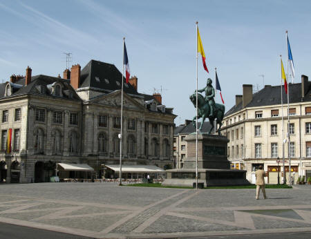 Place du Martroi - with statue of Joan on horseback