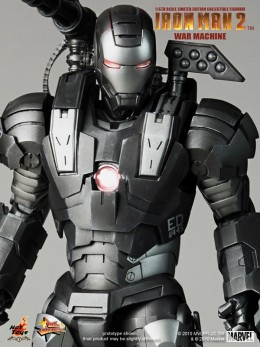 Iron Man 2: War Machine Hot Toys collectible figure