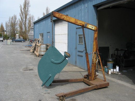 The rudder was sandblasted and painted with six coats of two different kinds of 2-part epoxies designed to produce an electrical barrier