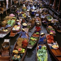floating market at bangkok, image courtesy of flickr http://images.search.yahoo.com/images/