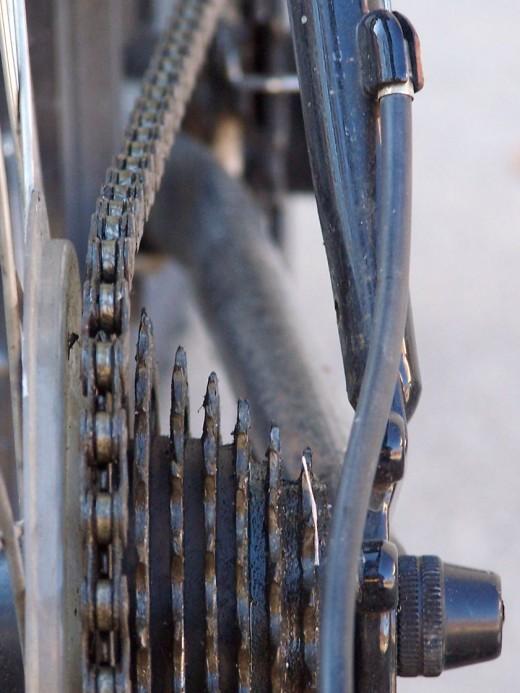 Rear drailleur