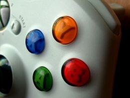 Xbox From http://s2.hubimg.com/u/3100389_f260.jpg Originally from http://farm4.static.flickr.com/3411/4565561717_2207e64f9f.jpg