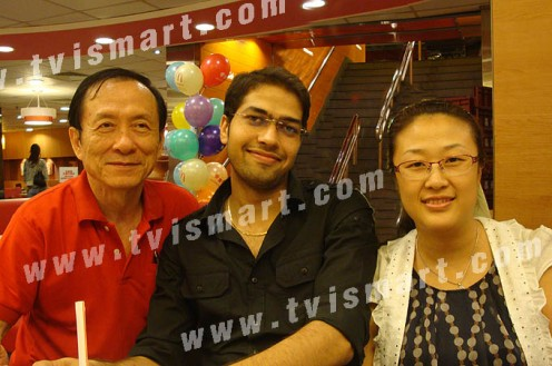 """http://www.tvismart.com/image/head001.jpg """"Thailand Leader Callahan Koon. India Leader Tarun Trikha, and Chinese leader Anny Kim meeting in Hong Kong about doing business in Thailand"""""""