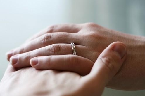 Vintage Wedding Rings Range from Simple to Ornate