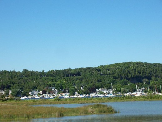 Marina Skyline Peninsula State Park, located adjacent to Fish Creekand its main entrance is in the village.