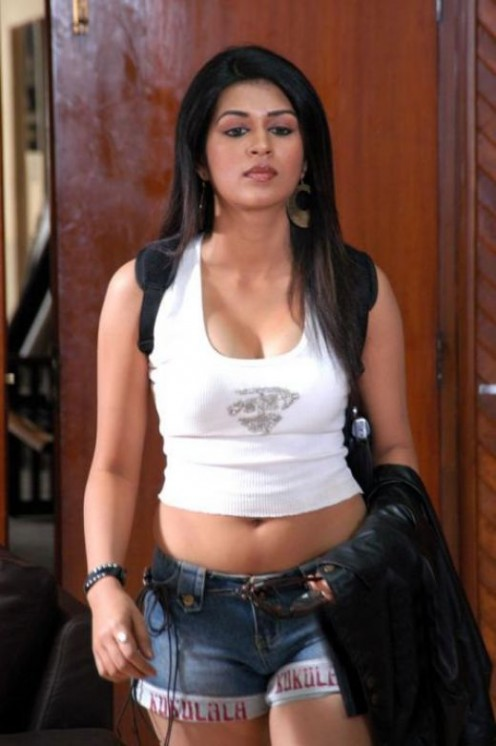 HOT ACTRESSS SHRADDHA DAS  PICTURES