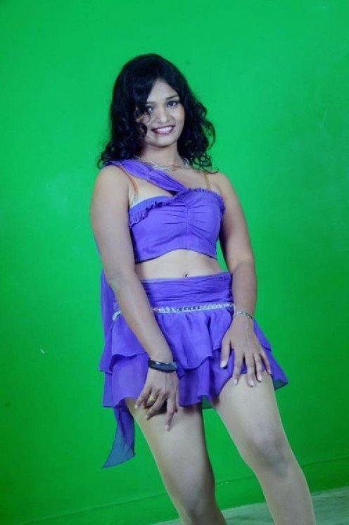 South Indian Masala Actress Sneha Priya Thunder Thighs