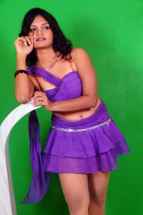 South Indian Masala Actress Sneha Priya hot show