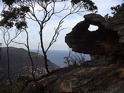The ILLAWARRA ESCARPMENT is basically made of Hawksbury Sandstone, so in some cases the weather has interesting effects causing natural rock sculptures. This is the THUMB AND FINGERS ROCK on Mt Mitchell, above Stanwell Park.