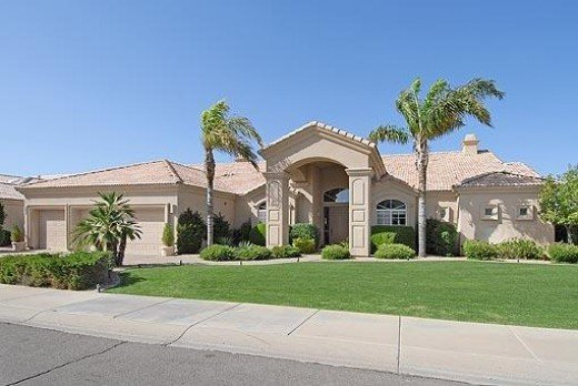 Nice luxury home in Scottsdale Arizona.  This is the target home price range for this area of affluence.