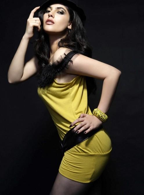 Sizzling Glamour shirin