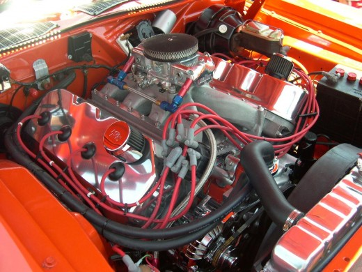 426 HEMI V-8 engine in a 1971 Plymouth Cuda. Source: Flickr, vail426
