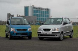 Which one you will buy? Wagonr LXi = more space, better service, cheap spars versus Santro eRlx XL = zip drive