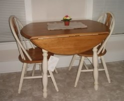 Round Kitchen Table Options For A Small Kitchen