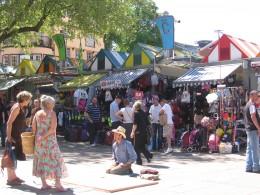 A street artist outside Norwich Market
