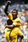 """Pele: """"Maradona necesitaba plata, por eso fue técnico&"""