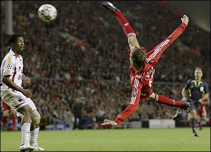 Leggy Peter Crouch on form