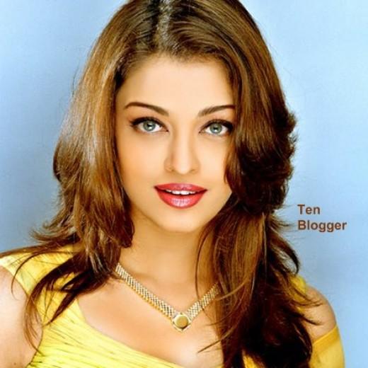 Aishwarya Rai - Gold Jewelry -
