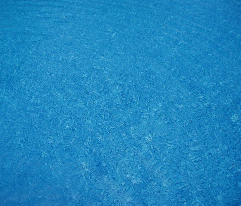 Using a clarifier to clear a cloudy pool flocculant vs - Liquid flocculant for swimming pools ...