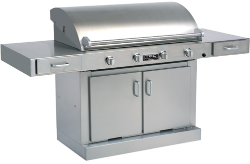 This large TEEC G4 used stainless infrared burners with ceramic plates covered with glass panes t create intense radiant heat for grilling.