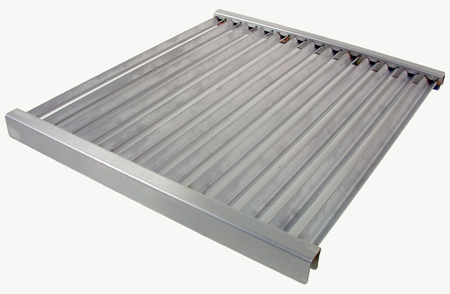 TEC Sterling II and TEC Patio II grill grates are concave to allow any moisture to be vaporised backinto the food during the searing process.